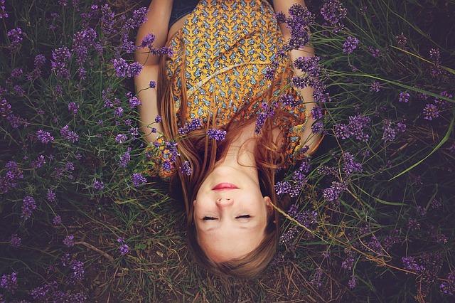 6 สมุนไพรสุดมหัศจรรย์ ที่ช่วยให้คุณนอนหลับเต็มอิ่ม